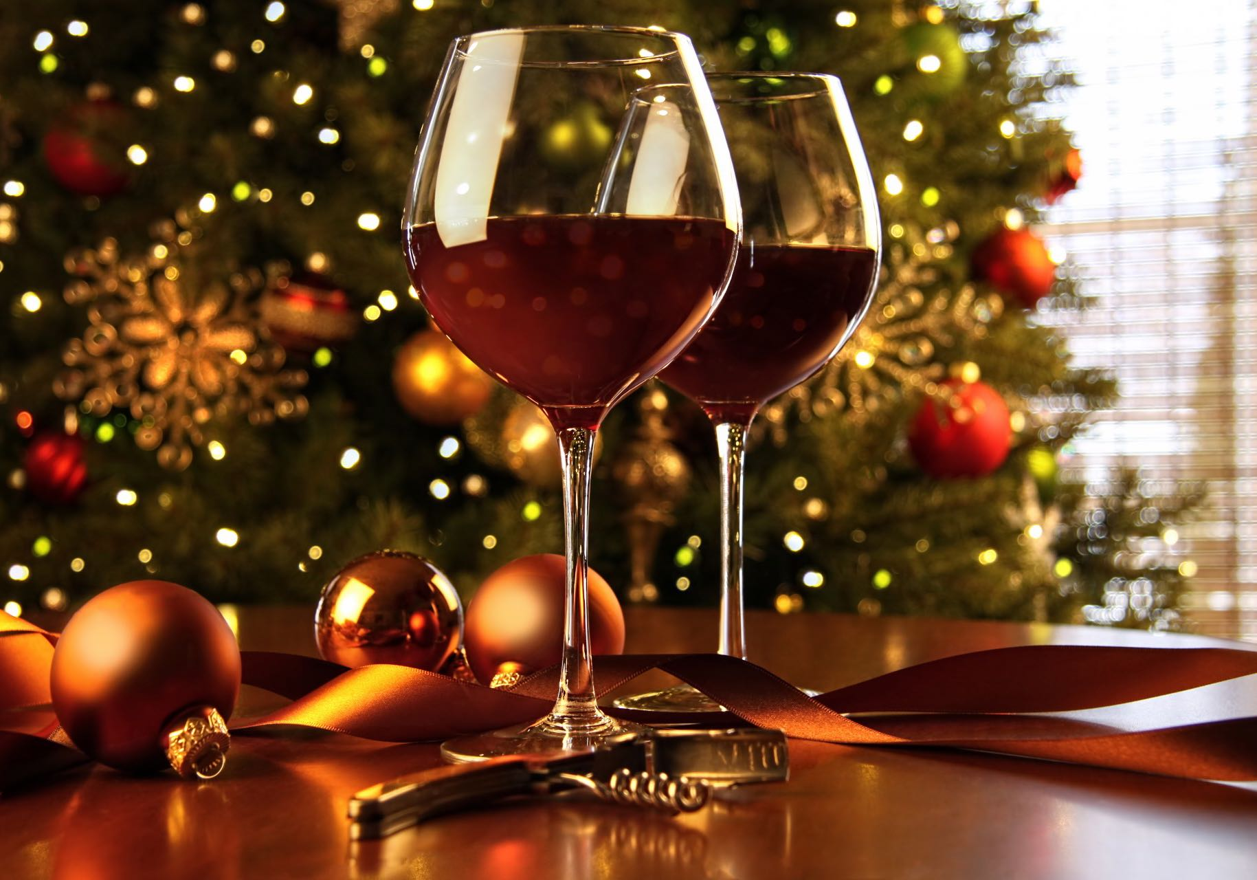 Christmas wine and food. Blog article